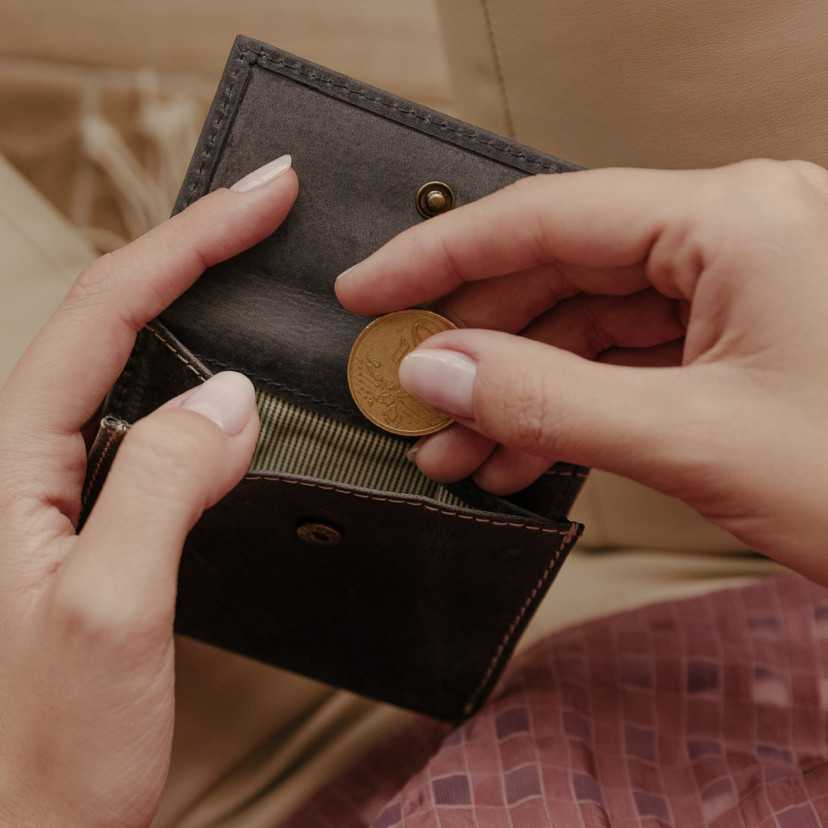 Small men's wallet with coin pocket Slim